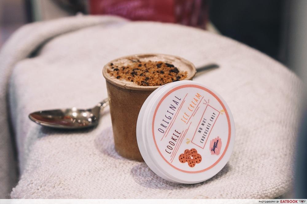 Famous Amos Ice-Cream - tub