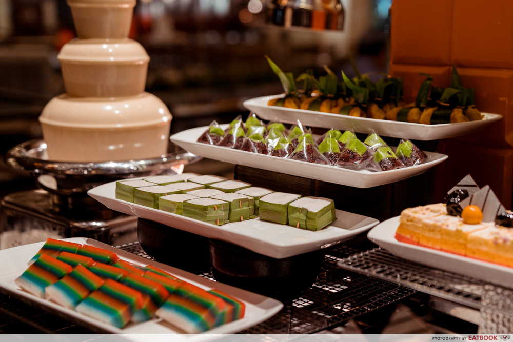 J65 - Nonya Dessert Table