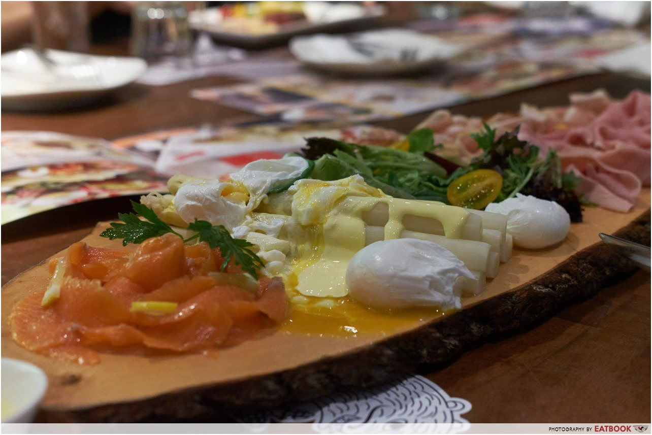 May Restaurants 2019 - Brotzeit Spargelplatte