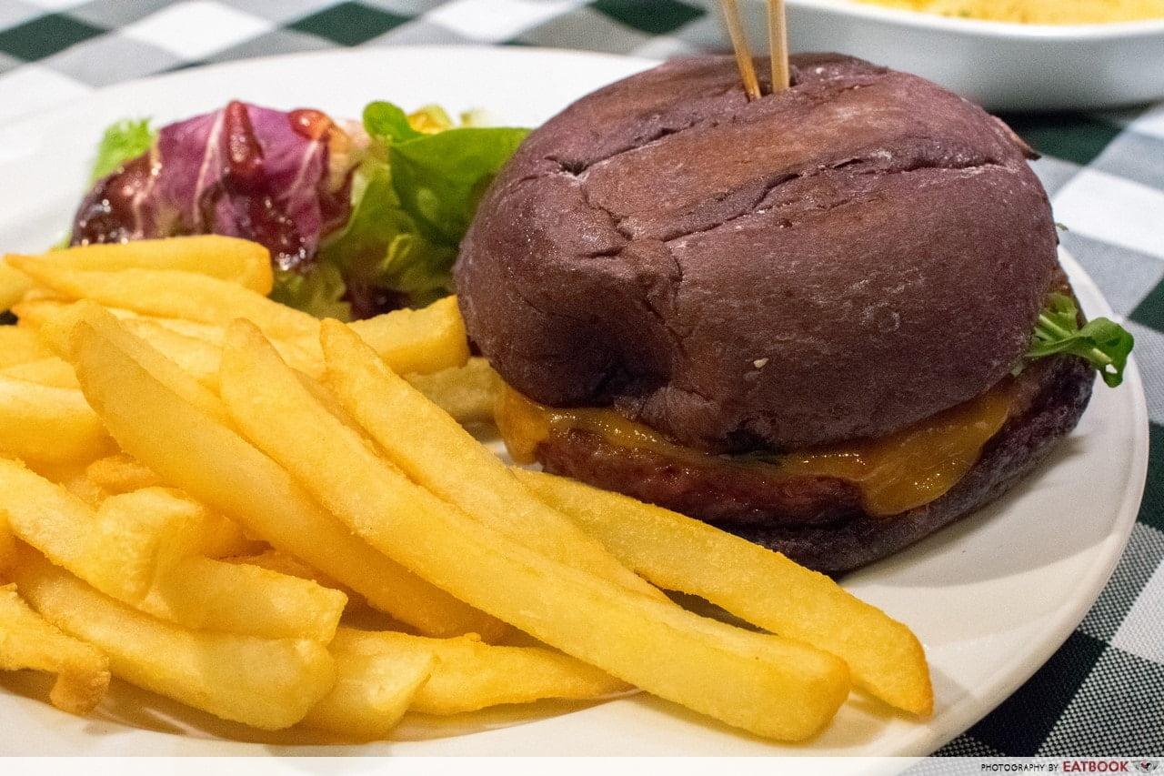 May Restaurants 2019 - Fat PAPAs Impossible Cheese Burger