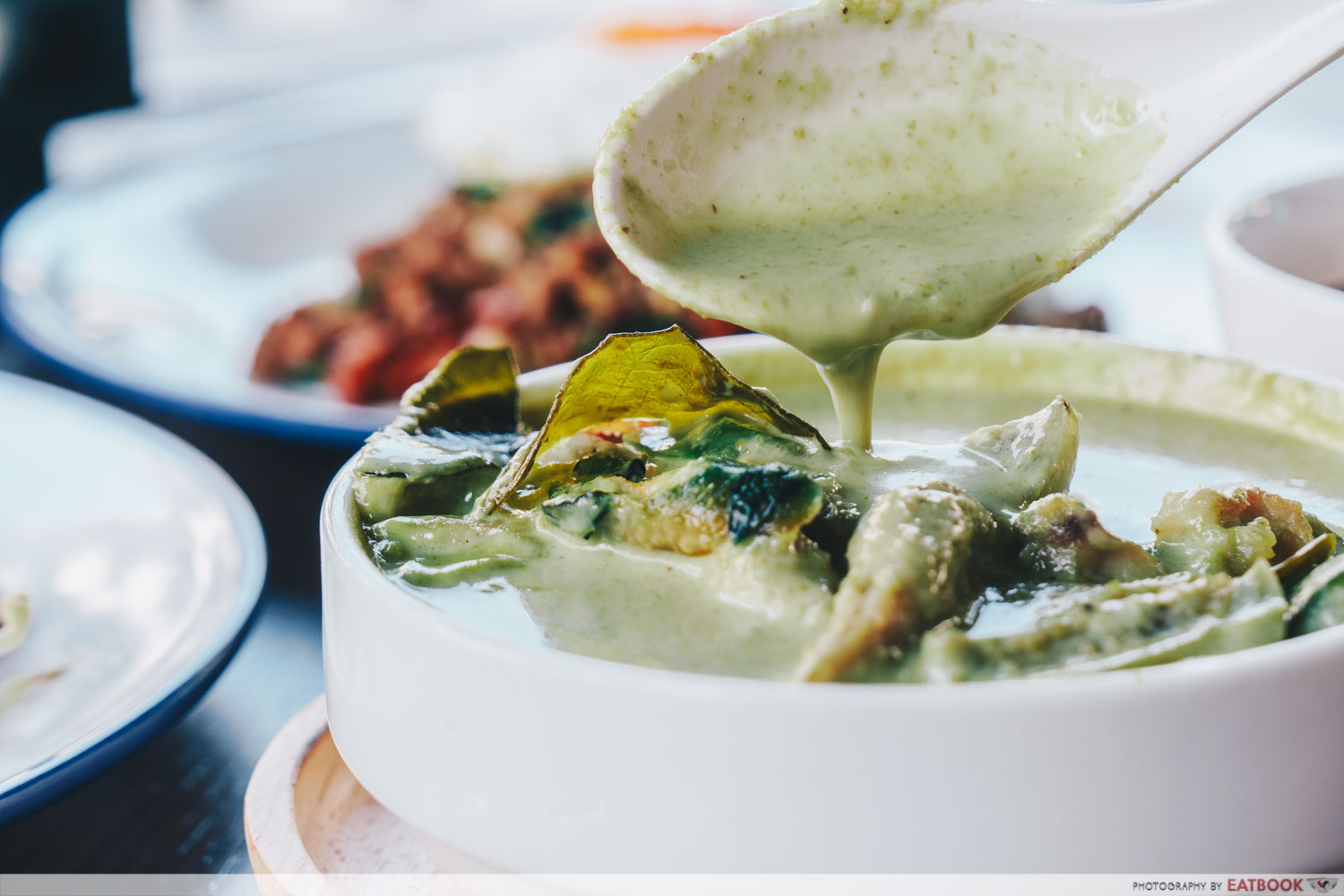 Penguin's Kitchen - green curry chicken