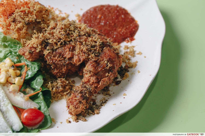 rayyan's waroeng upnormal fried chicken penyet chicken