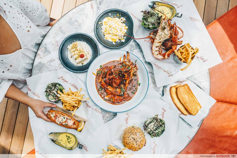 Burger & Lobster - Flatlay