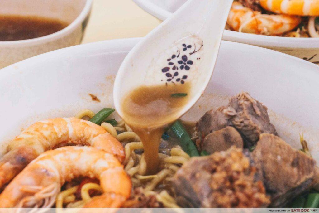 Prawn & Mee prawn noodle soup