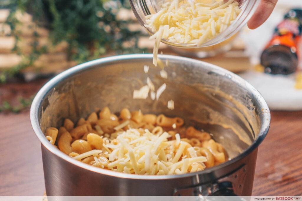 Samyang Mac & Cheese Recipe cheddar and mozz