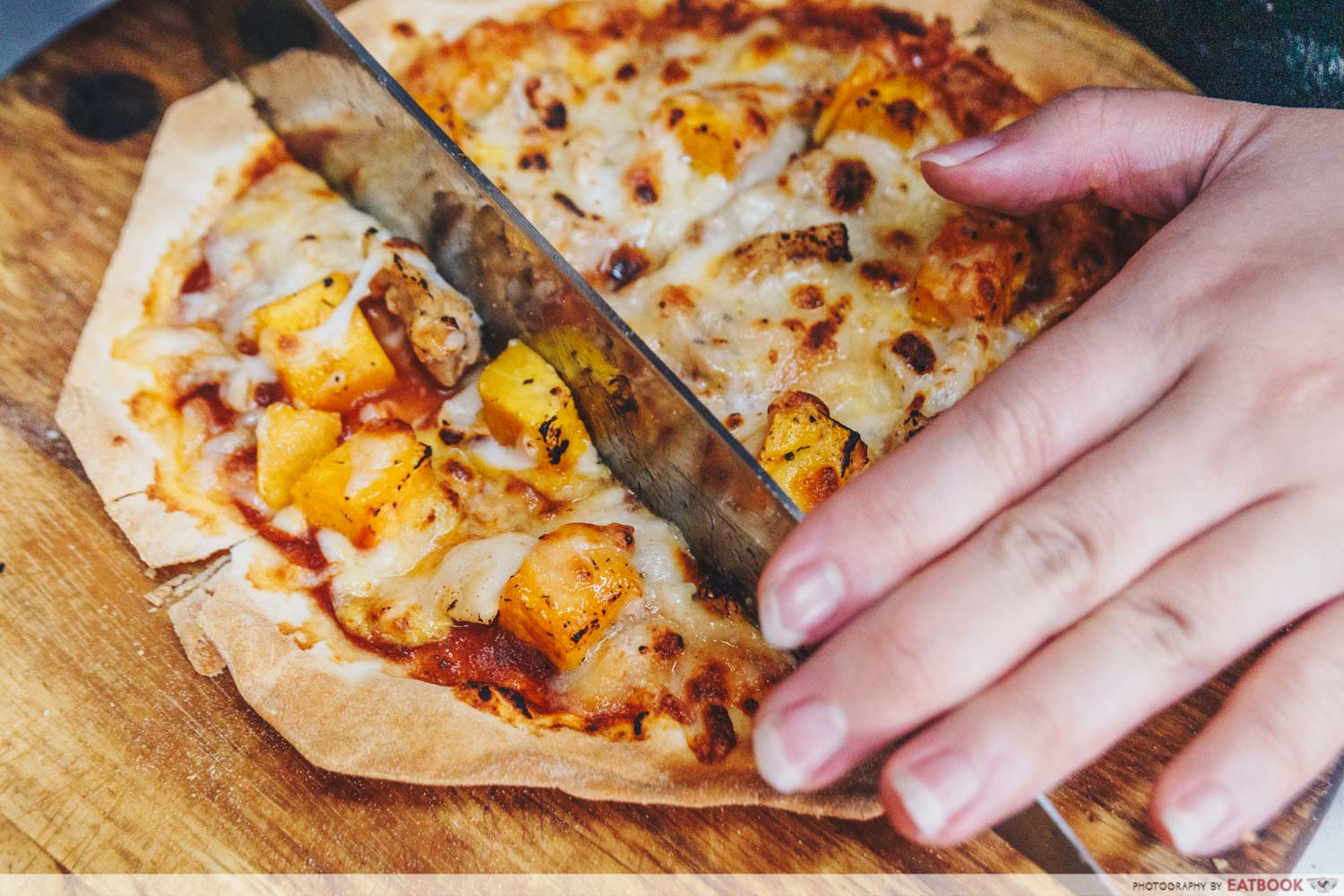 ButterNut - cut pizza