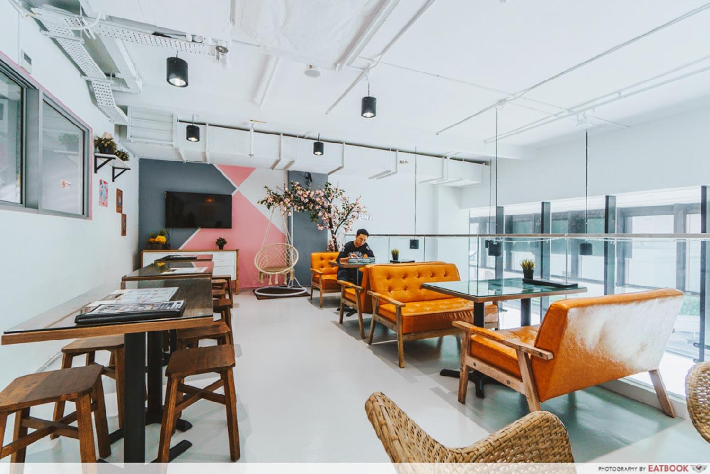 Jin Yu Man Tang Dessert Shop - Ambience