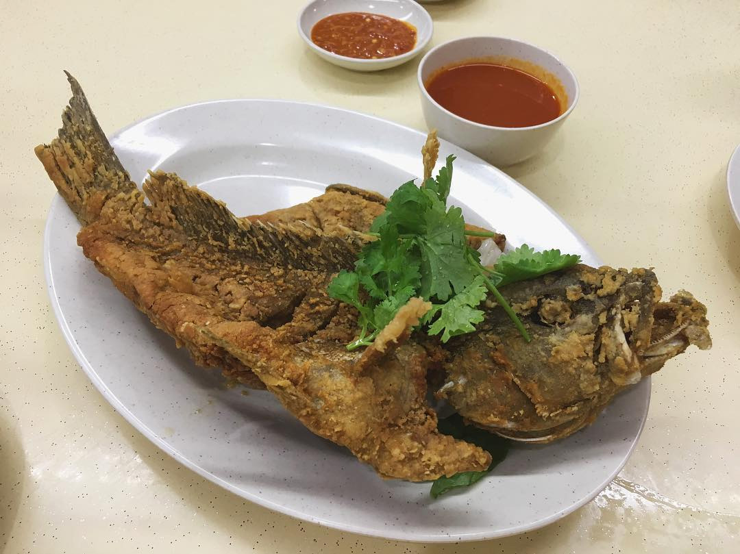 Underrated Thai Dishes pla tod thai style fried fish