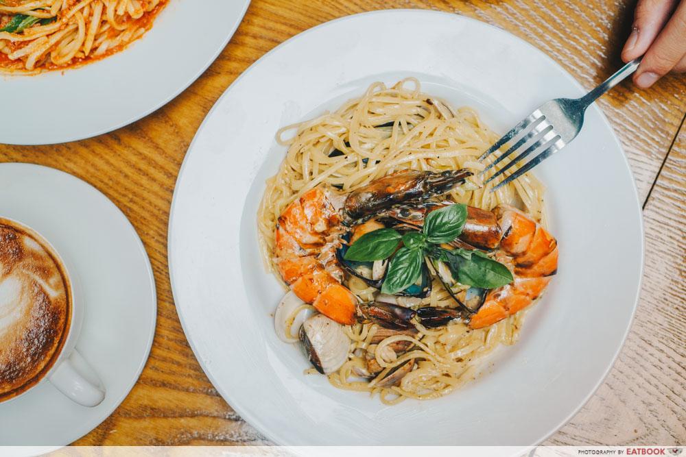 kava seafood cream pasta intro