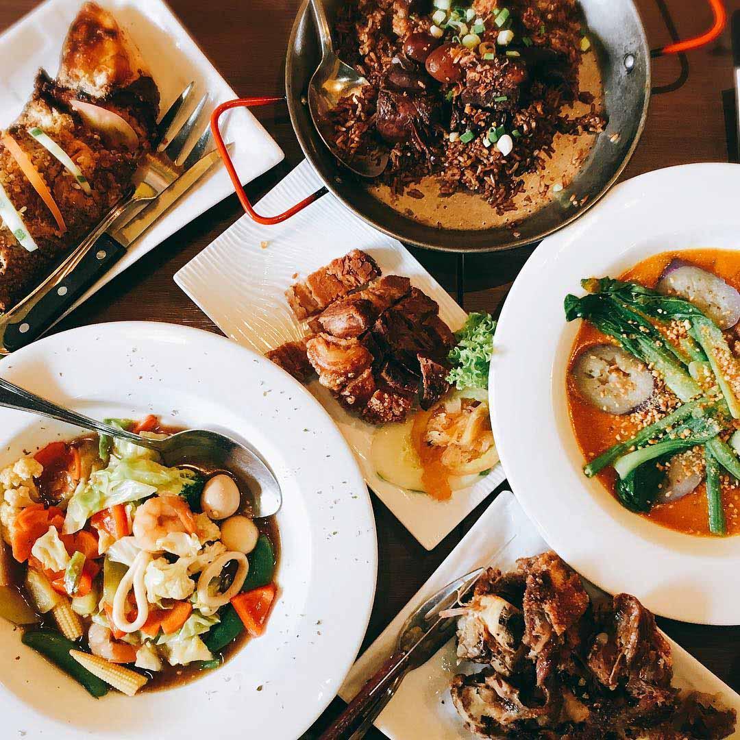 filipino food comida fiesta restaurant