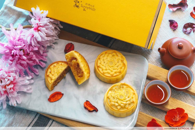 Mooncakes - Pineapple custard