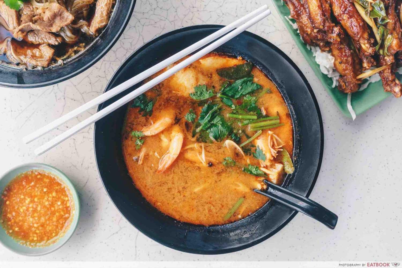 Nimman Soi 9 - Seafood tom yum