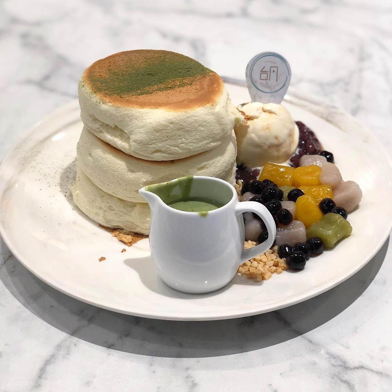 Souffle Pancakes - Typhoon taiwanese cafe