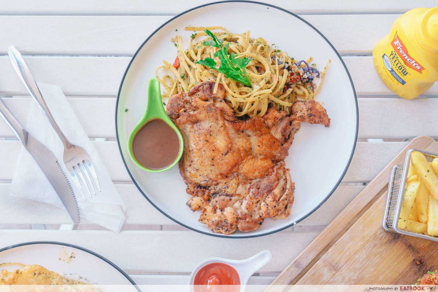 Craze Kitchen - Chicken chop aglio olio