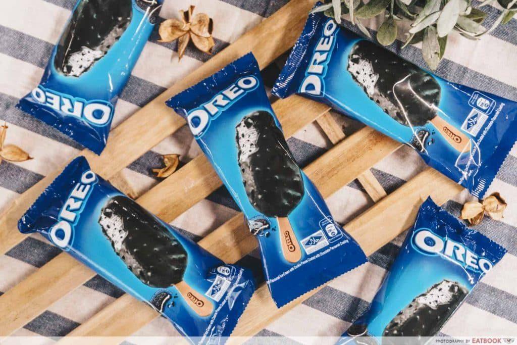 Oreo yoghurt ice-cream