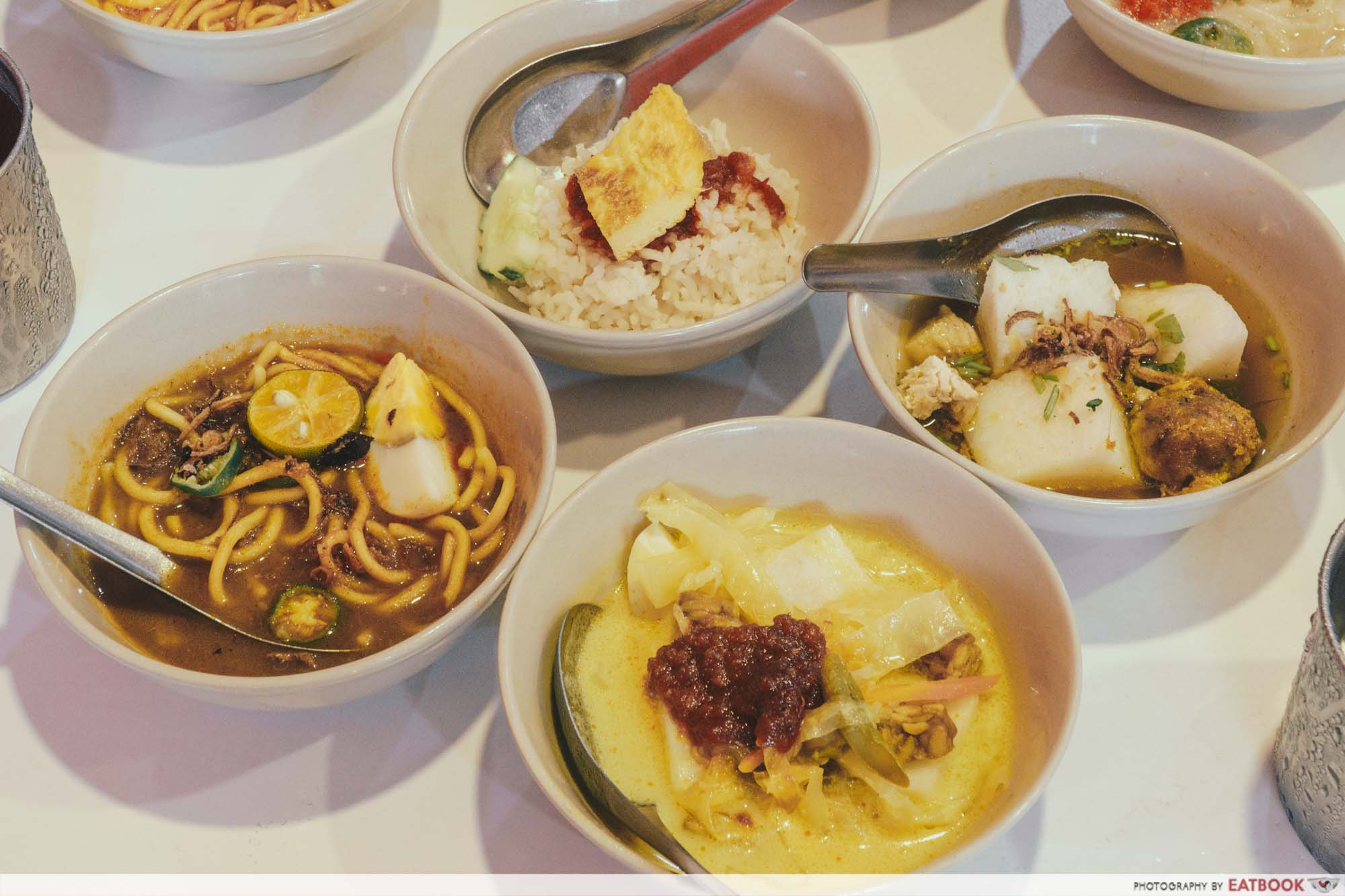 Johor Bahru Hawker Food - Lontong Mee Rebus Nasi Lemak Soto