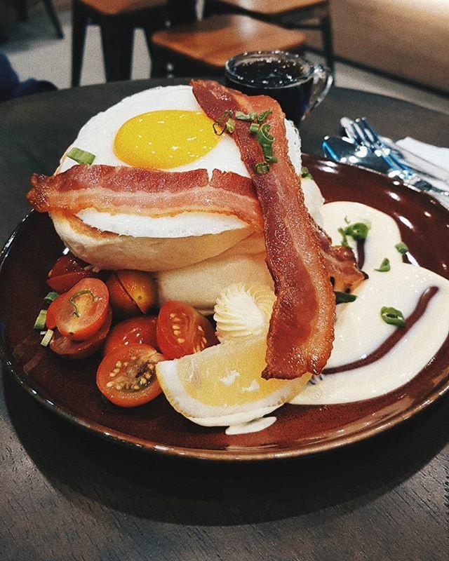 Eggs & Bacon Souffle Pancake