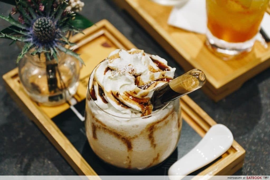 Whipped cream with coffee