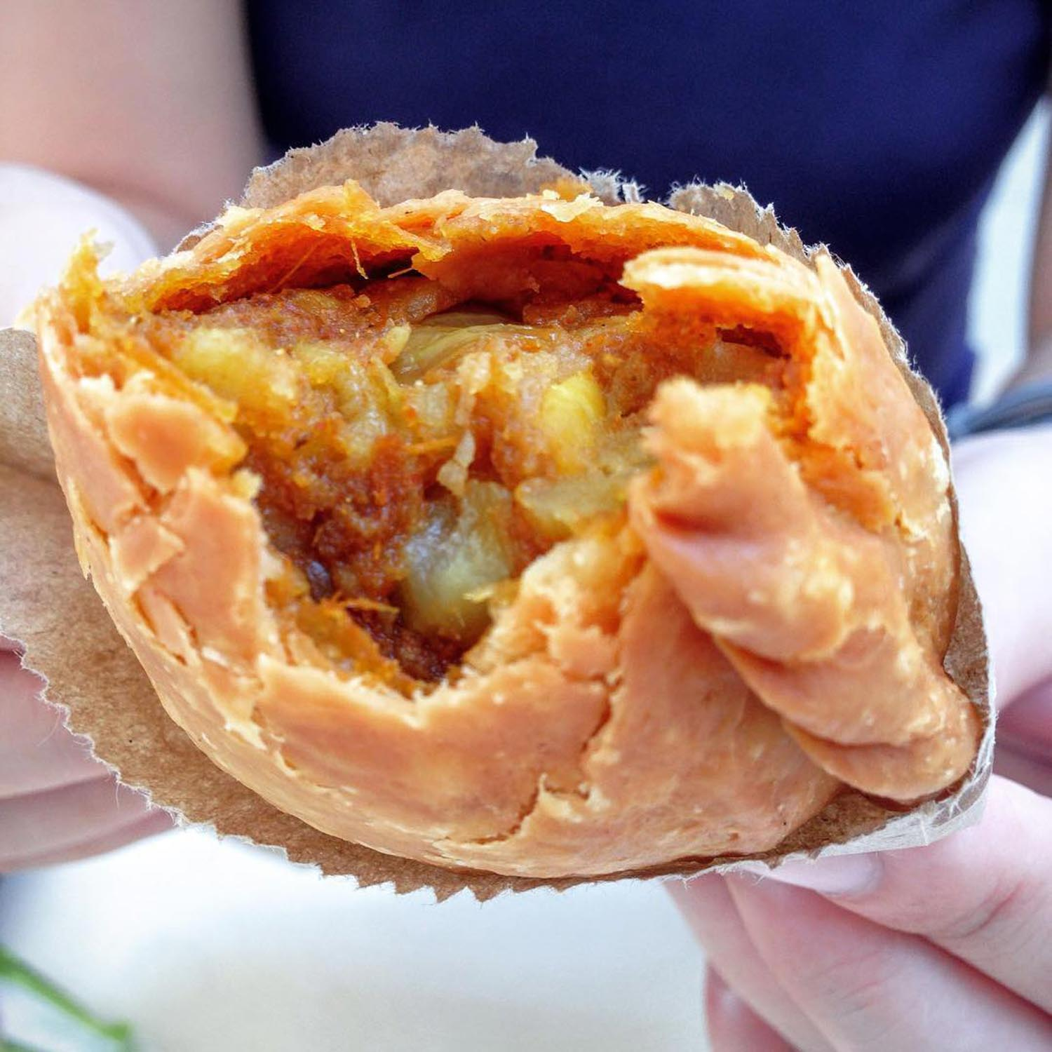 Tanjong Pagar Plaza - Rolina Traditional Hainanese Curry Puffs