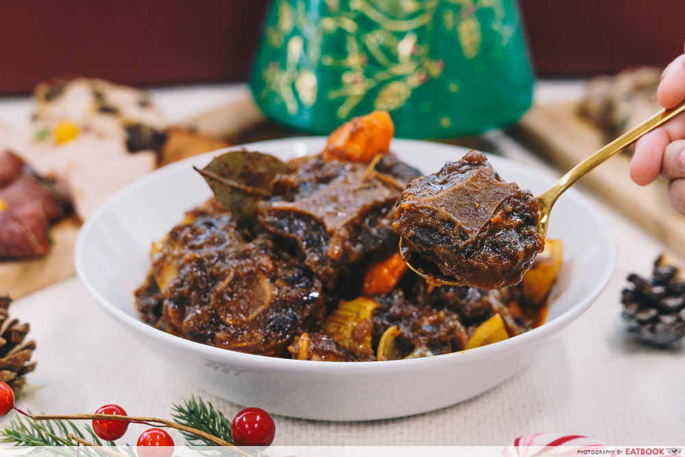 LAVISH Catering - Oxtail goulash