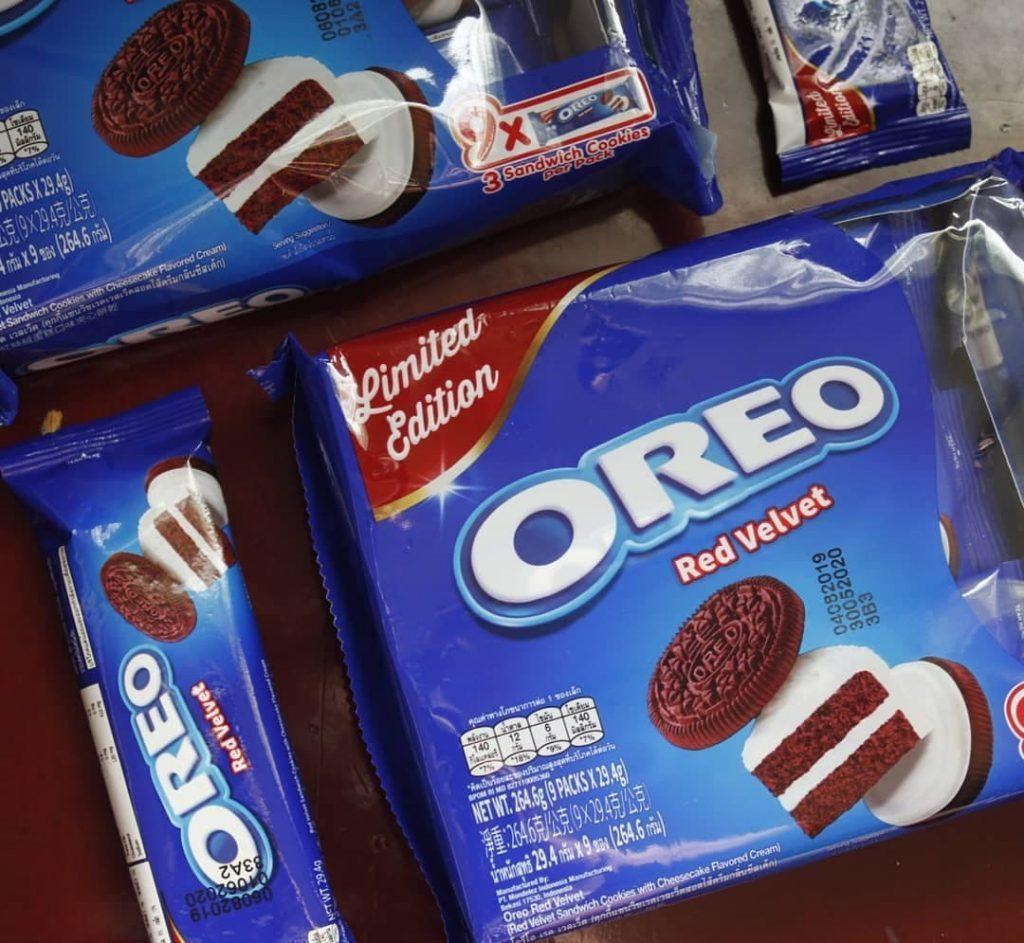 Red-Velvet-Oreo-Cookies-1024x943