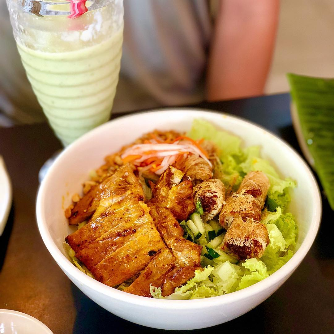 Lâp Vietnamese Restaurant - supper places