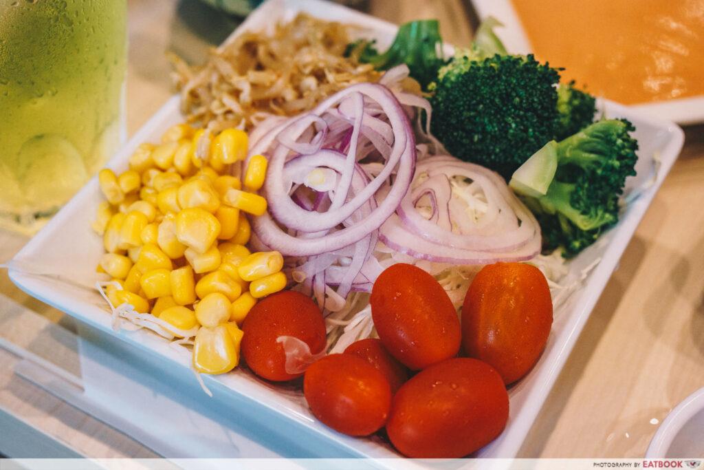 shiokoji Tonkatsu Keisuke salad