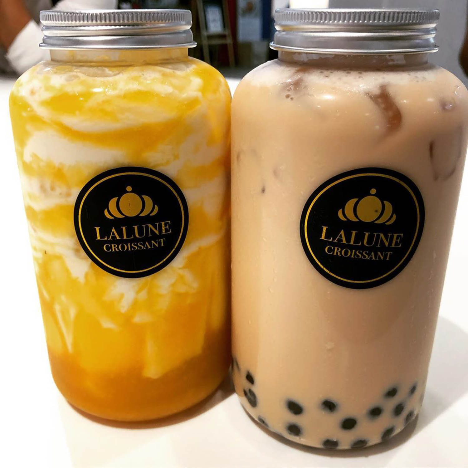 Bubble Tea Shops - LaLune Croissant