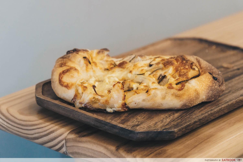 Petit Pain - Shiitake Flatbread