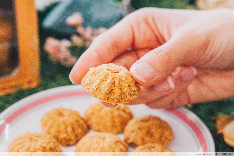 Baker's Brew - Tutu kueh peanut cookie