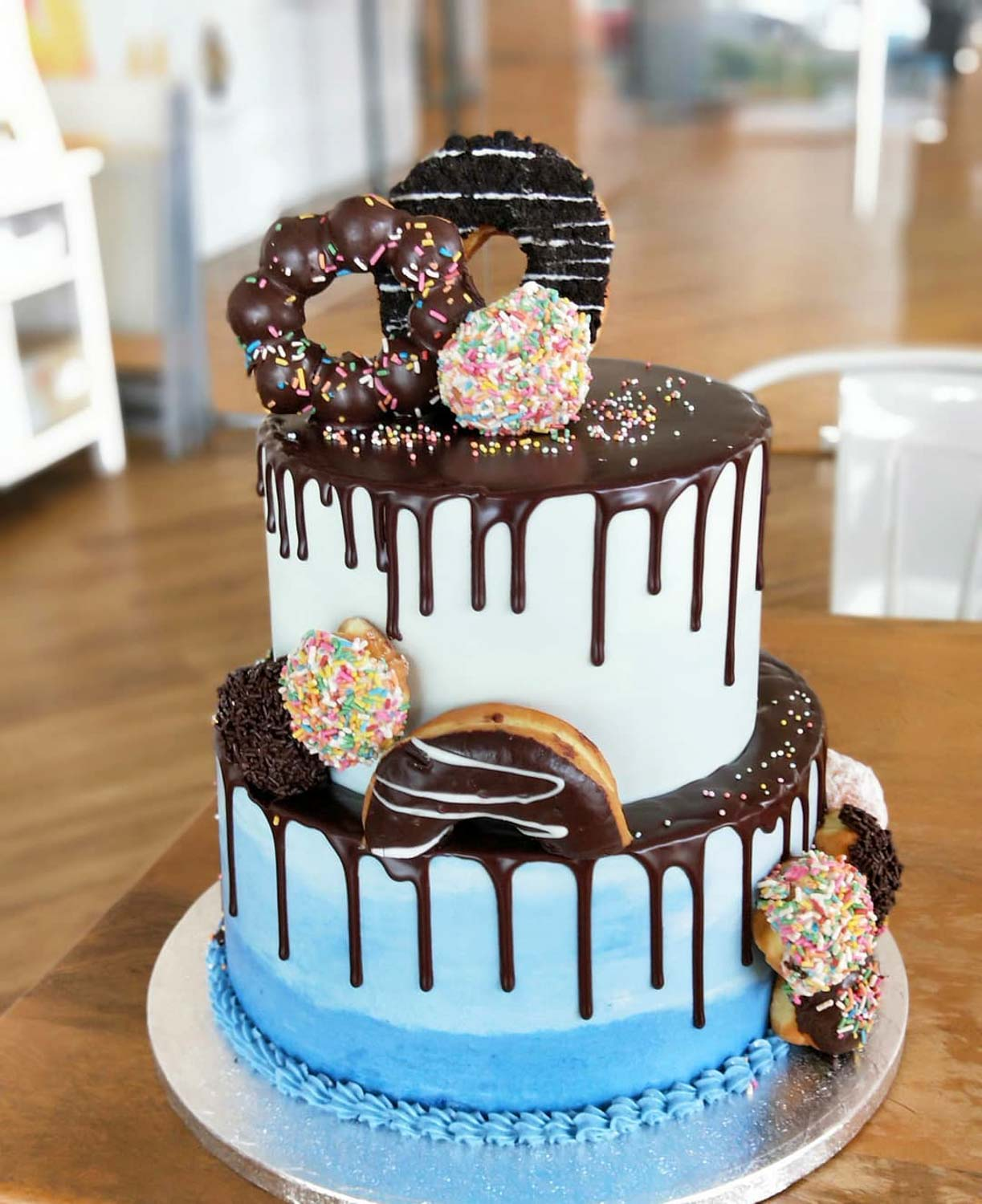 20 Birthday Cakes In Singapore Including Custom Cakes And No Frills Chocolate Cake