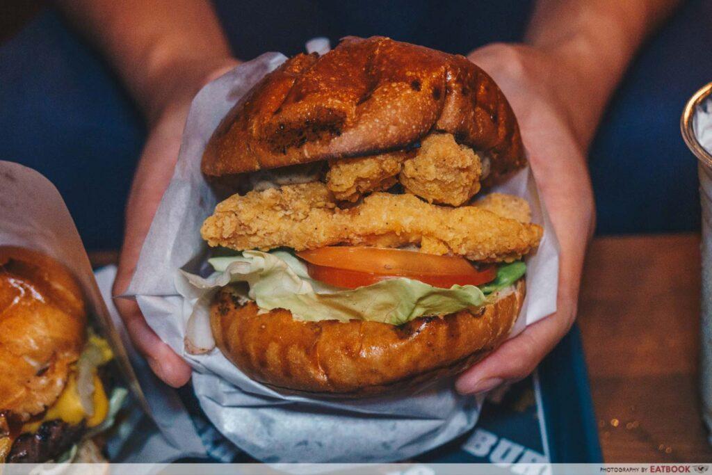 Burger Frites chicken burger intro