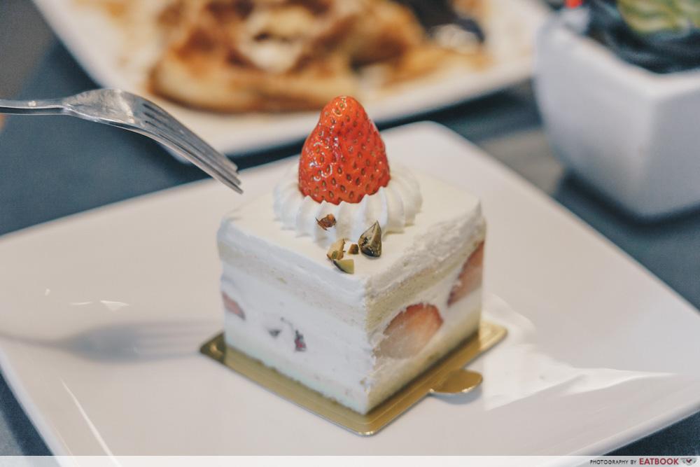Three's A Crowd - Strawberry Shortcake
