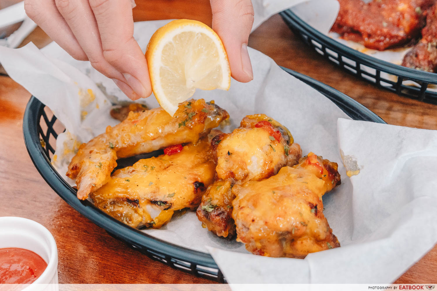 E1 Wingz - Zesty orange wings lemon squeeze
