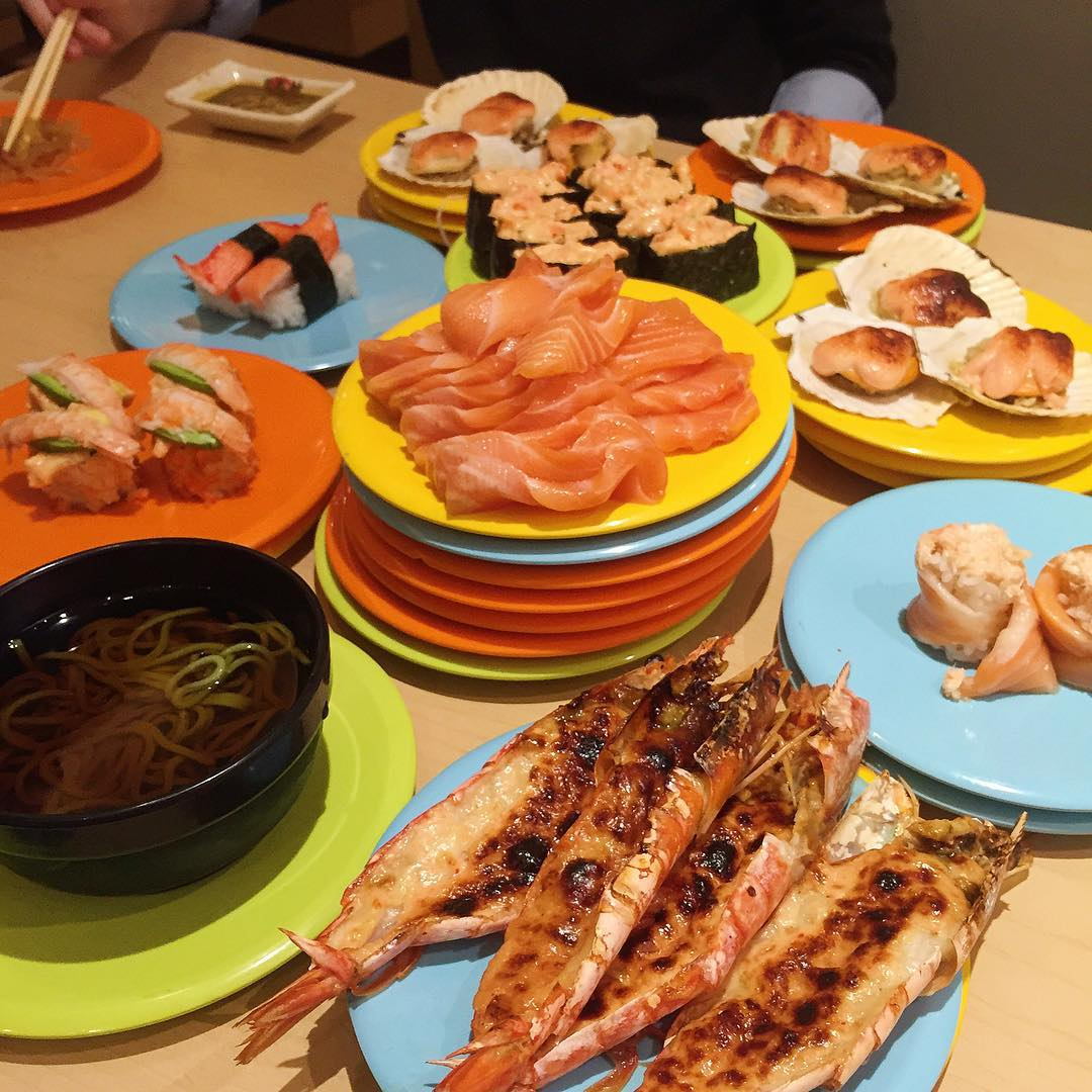 Kaiten Sushi Buffet - Sushi spread