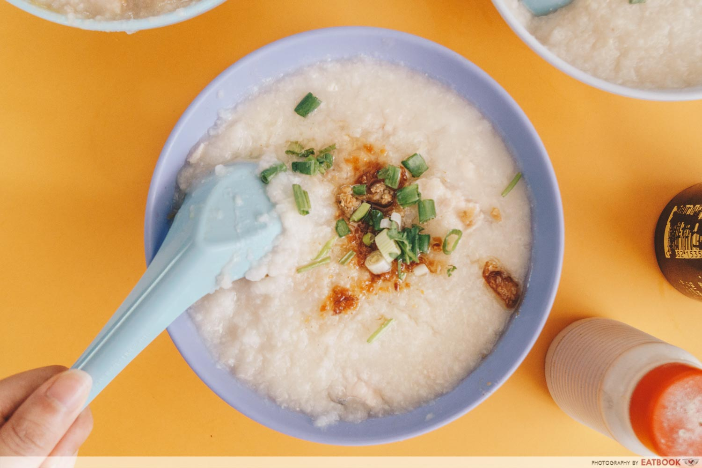 Soon Lee Porridge - Fish porridge intro shot