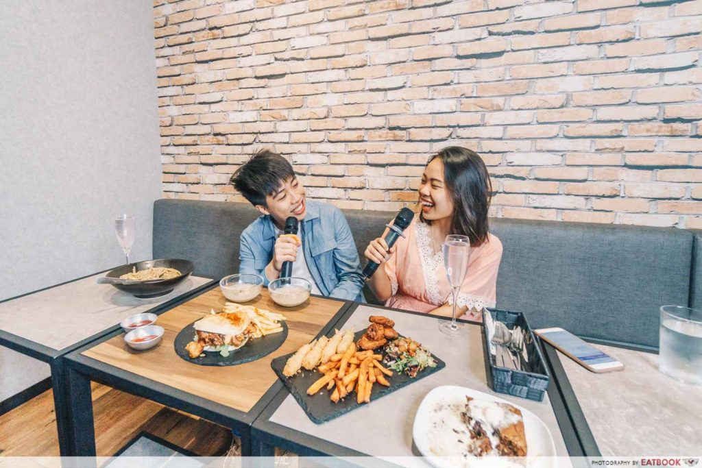 6 Low Key Tampines West Dining Spots For All Budgets Including A Ktv Cafe And Ig Worthy Prata Eatbook Sg New Singapore Restaurant And Street Food Ideas Recommendations