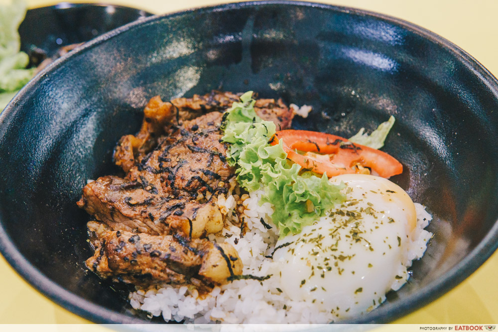 Bowl and Grill- Bowl and Grill - Teppanyaki steak with black pepper sauce intro shot