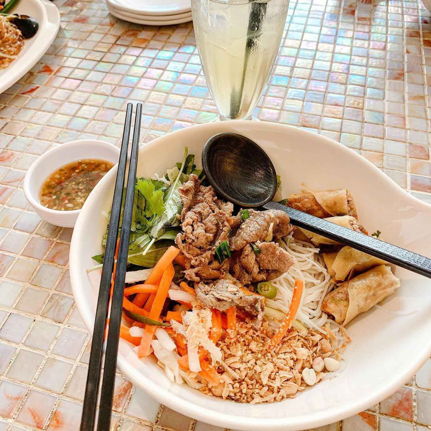 Halal Food Delivery Places - So pho