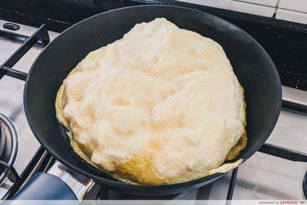large souffle omelette