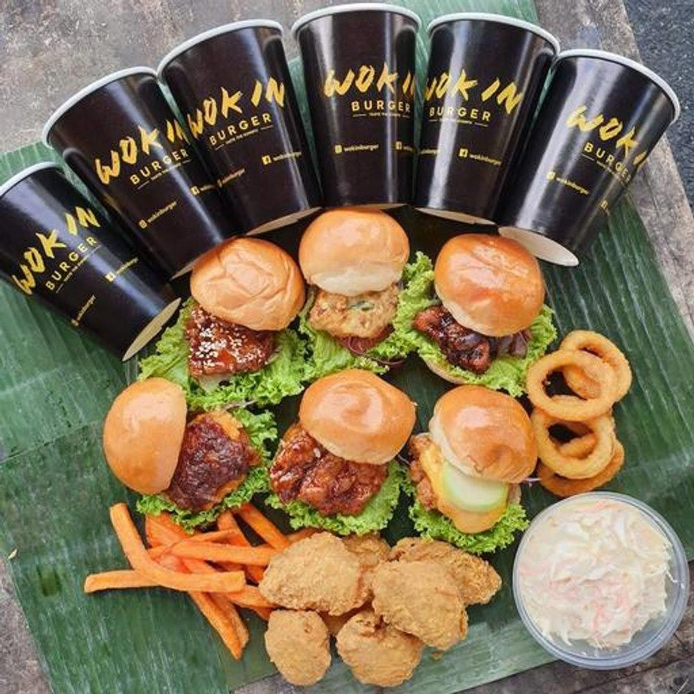 Hawker burger delivery - wok in burger
