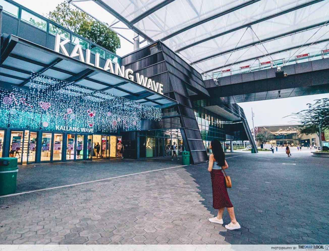 Kallang Wave Mall --11