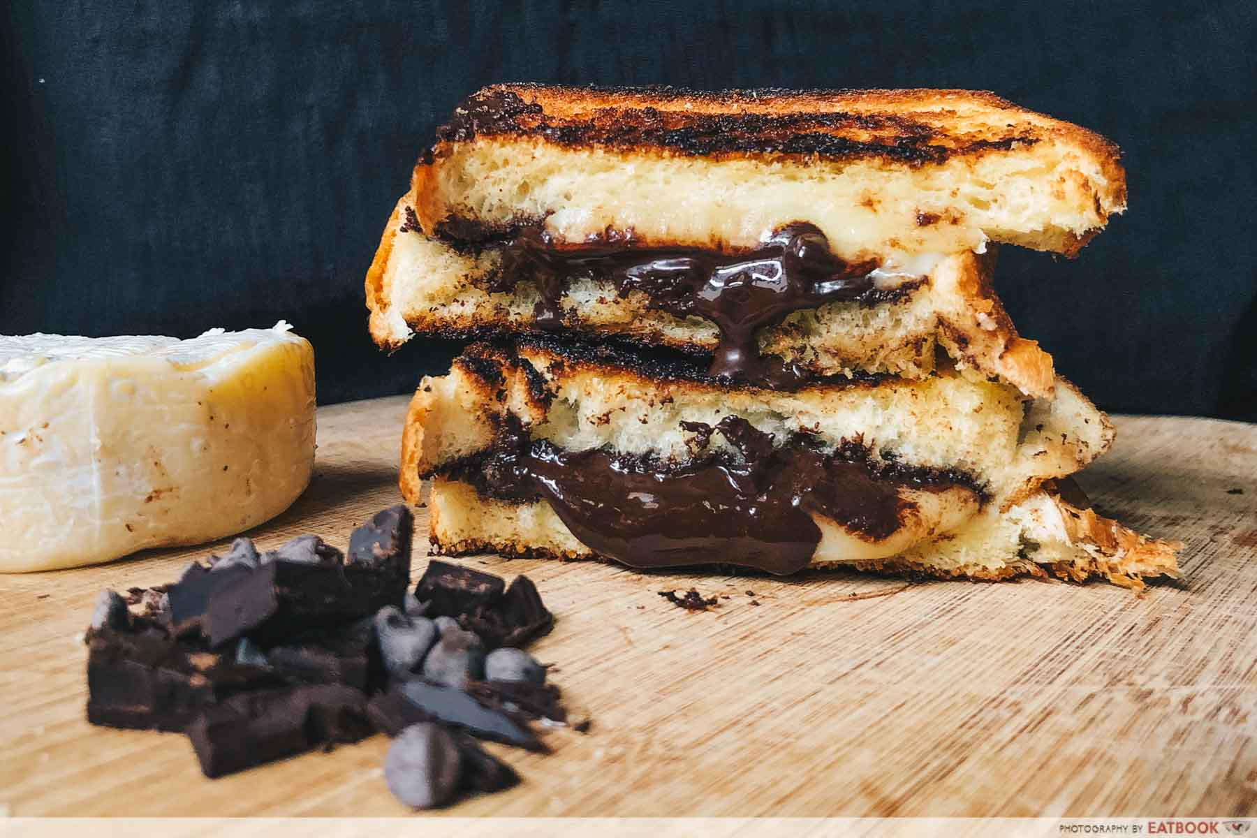 Sandwich Recipes - Dark Chocolate and Brie Grilled Cheese