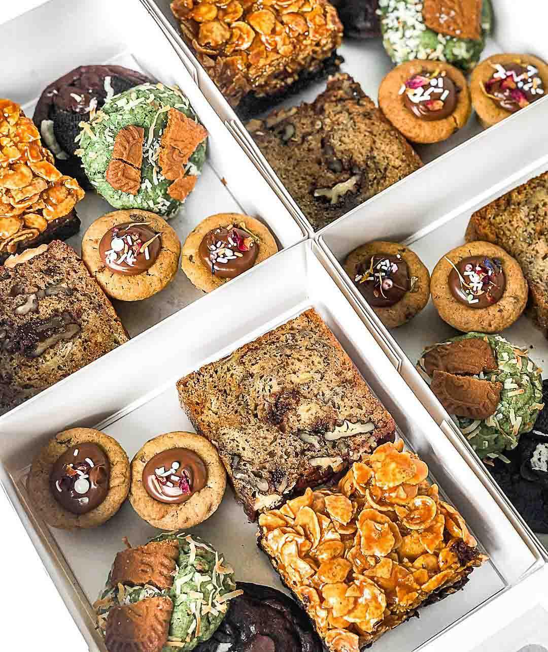 Dessert box delivery - Miss Van Dough