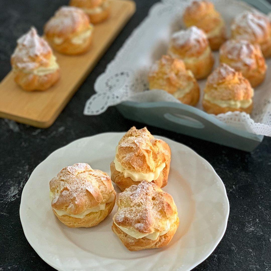 Durian Dessert Recipes - Durian Cream Puffs