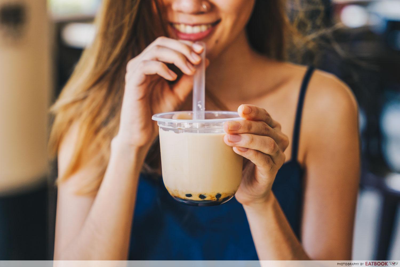 Drinking brown sugar fresh milk