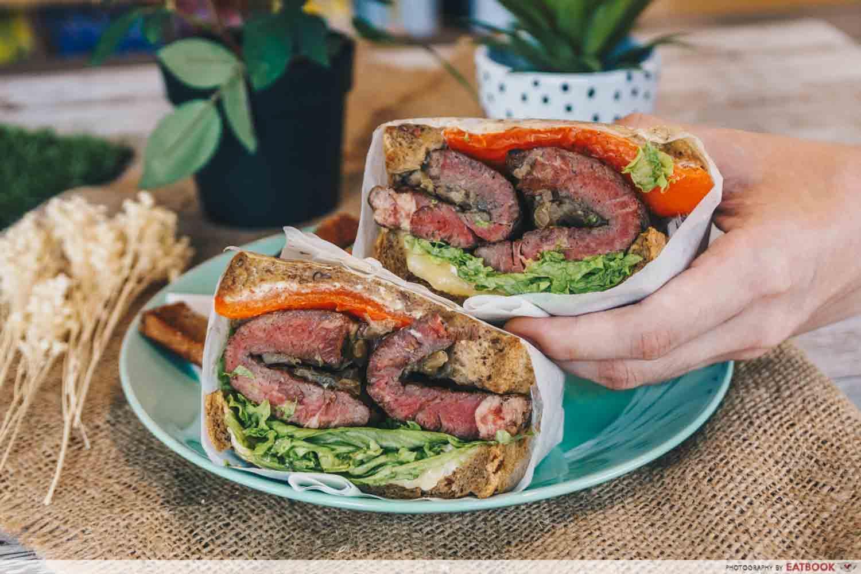 Manpaku Steak Sandwich