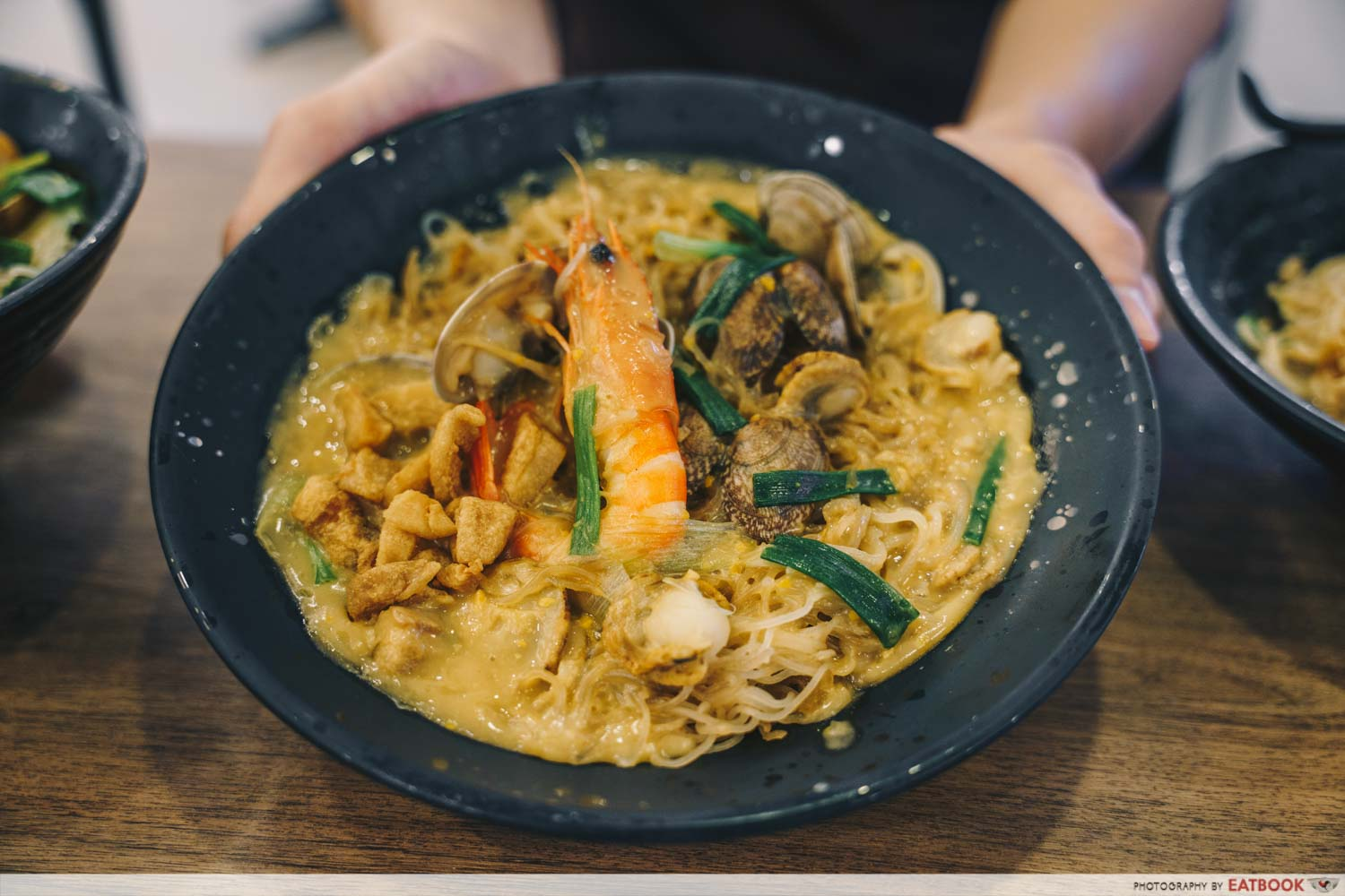 Try Fresh XO Seafood Noodles - Salted egg seafood bee hoon intro shot