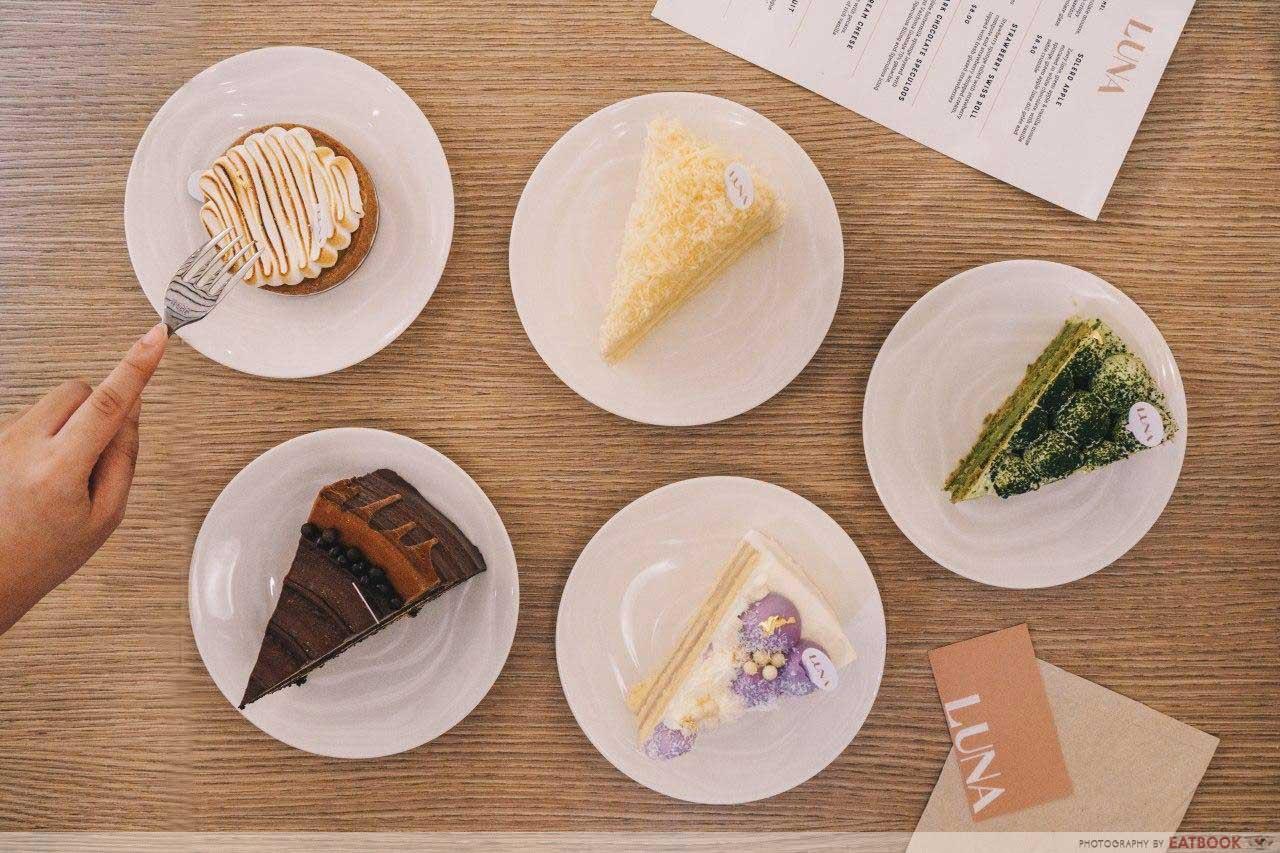 Luna cakes