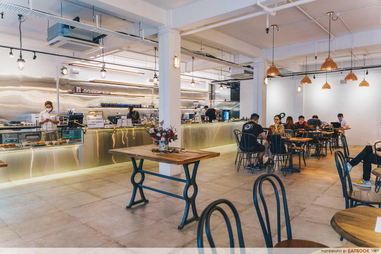 urban table cafe singapore inerior